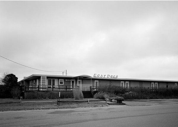 East Deck Motel